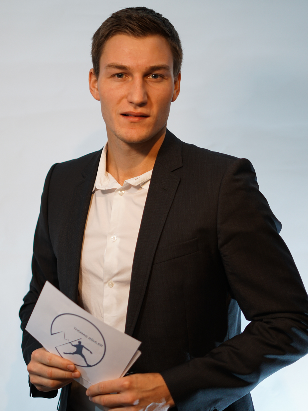 Thomas Röhler - Speaker Vortrag mit Karteikarte im Anzug